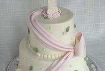 cake ideas / by Erin Gurnett
