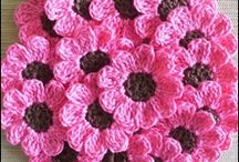 Knit and crochet flowers
