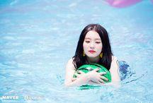 Irene: red velvet