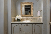 Decor: Bathroom / by Lisa