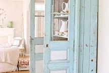 Antique furniture painted / .