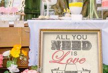 Wedding signs / by Bobbie Avery