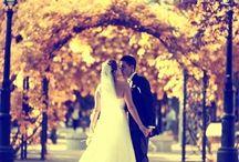 Fotos novios en jardines / Fotos realizadas en distintos lugares tras el casamiento a los novios. En jardines o lugares cercanos al lugar donde se celebra la boda. Reportaje de fotos boda.