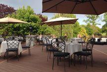 The Patio at Vivaldi / Outdoor dining patio