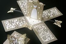 подарки в коробочках