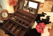 Jewelry Box  / box