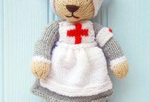 knitting teddy bears