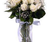 Anneye Çiçek / Anneye çiçek göndermek için,iyi bir çiçekçi arıyorsanız Çiçek Vitrini, anneler günü çiçek siparişi verebileceğiniz çiçekçi sitesidir.Uygun fiyatlar ile Türkiye'nin 29 iline online çiçek gönderimi yapar. http://www.cicekvitrini.com/cicekler/anneye-cicek