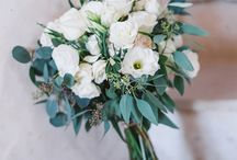 Bouquet / bouquet contemporaneo in stile libero sui toni del verde