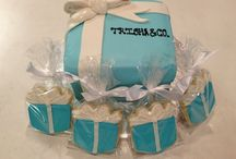 Custom Cakes / At Sweet Themes, we believe every day is special. Celebrate those you love with custom cakes & cookies.