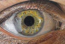 Dibujos hiperrealistas de ojos humanos por Redosking / El joven artista Jose Vergara, mejor conocido como Redosking, lleva el arte de los lápices y colores a otro nivel. El artista usa su talento para crear impresionantes dibujos hiperrealistas de ojos y miradas humanas. Para él, los ojos son la ventana del alma y es una forma de conocer a una persona; es un elemento sumamente interesante para ser retratado.