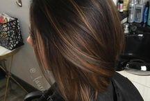 Tummanruskeat Hiukset