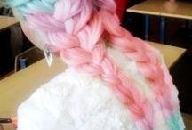 hair dyinggg ~^.^~