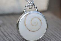 Shell Necklace / by Deborah Goulekas