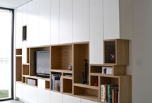 Wall bibliothikes