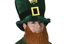 St. Patrick Day Shamrock Party Decorative Lights, Hats, Costume and Gifts / There are many ways to inspire the designs from St. Patrick, here some of the best collections assembled in this article to give colorful ideas