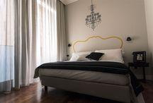 """SeePort Rooms / Ispirate al concept """"l'accoglienza di una casa, il comfort di un hotel"""", le camere del SeePort sono pensate per ogni tipologia di cliente."""