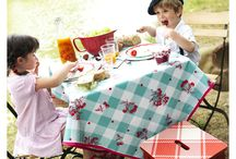Oil Cloth Table Covering / Pretty and practical ways to cover your table indoors or outdoors