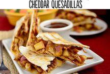 Taco, quesadilla, pizza..