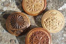 Norwegian woodcarving / Norwegian Woodcarving made by Renton.