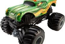 TOYS MONSTER TRUCKS