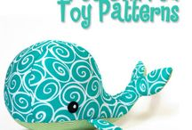 Free stuffed toy patterns / Could use them as door stops for kids rooms