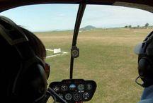 Pilotem vrtulníku na zkoušku / Setkání je určeno všem, kteří se na chvíli chtějí ocitnout v kůži pilota helikoptéry. Máte unikátní příležitost vyzkoušet si vše, co obnáší bytí pilotem vrtulníku a zjistit, zda je vrtulník pro vás ta správná volba. Obdarovaný stráví báječný den mezi úžasnými lidmi a na tento zážitek hned tak nezapomene. Však je taky po letu o čem dlouho povídat. http://www.impresio.eu/zazitek/pilotem-na-zkousku-vrtulnik