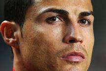 Cristiano Ronaldo / @CR7