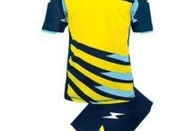 Kék-Neon Sárga-Világoskék Sportfelszerelések / Kék-Neon Sárga-Világoskék Sportfelszerelések. Kék-Neon Sárga-Világoskék  Sportfelszerelések nagy választékát találja itt meg nálunk a http://istenisport.hu/ weboldalon. Ide tartoznak a focimezek, sportszárak, utazó -edzőmelegítők, szabadidős és divatruházat is, és még sorolhatnák mi minden. Természetesen ide tartoznak más sportágak is, kézilabda, kosárlabda, röplabda többek között, valamint az egyéni sportolók sportfelszereléseik, egyedi arculatra kialakítva.
