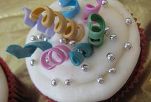 Cakes, Cupcakes & Frostings: Decorated / by Donna Tice-Carnall