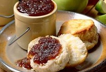 Jams Spreads and Sauces / by Crystal Steffek