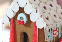 gingerbread houses/peeps / Holiday baking. www.bisousweet.com