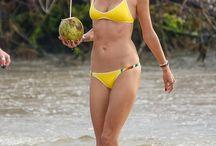 Allesandera Ambrosia yellow bikini