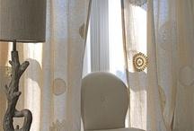 rajouter des napperons à ds rideaux en lin.