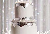 Dragons og snow wedding cake