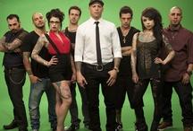 """New York Ink - A tetoválók / A """"New York Ink – A tetoválók"""" második évadában visszatérünk az utánozhatatlan Ami James tetováló stúdiójába, hogy végigkövethessük, sikerül-e New York tetoválókirályává válnia. Ami újonnan nyílt műhelye, a Wooster St Social Club a SoHo szívében várja az ügyfeleket. Aminek itt kell megküzdenie a nehézségekkel, amelyek az első évad végén kis híján tönkretették a vállalkozását, és új csapatot is toboroznia kell. A második évad talán választ ad arra, hogy sikerül-e hősünknek meghódítania New Yorkot"""