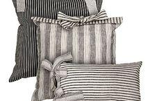 Cusions & pillows
