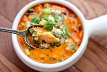 Food - Soups / by Natalie Pozniak