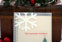 The Christmas Yearbook / 25 years of a family history in a single beautiful boxed book!