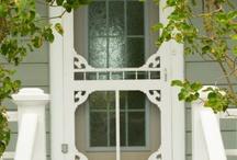 HIT THE DOOR / Doors and door decor