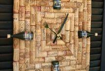 relógios  de parede  com rolhas