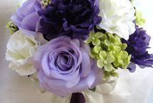 Floral Bouquets / by Natoya Ridgeway