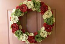 Seasonal Decorating / Christmas & Winter Wreaths