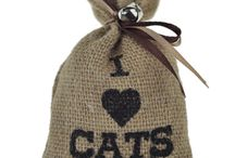Tabby's Toys Cat Toys / Naturally inspired toys for cats that love to hunt and play.