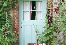 Doors / by Juanita McCue