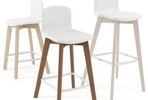 mesas sillas y taburetes de estilo nordico