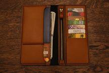 long wallet traveller