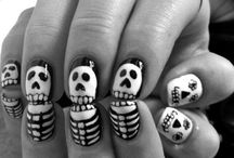 NAILS / by Ryanne