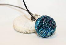moje / bead crochet, spiral bead crochet, beaded balls