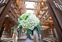 modern vintage wedding / A beautiful vintage wedding at the Marty Leonard Chapel in Fort Worth.